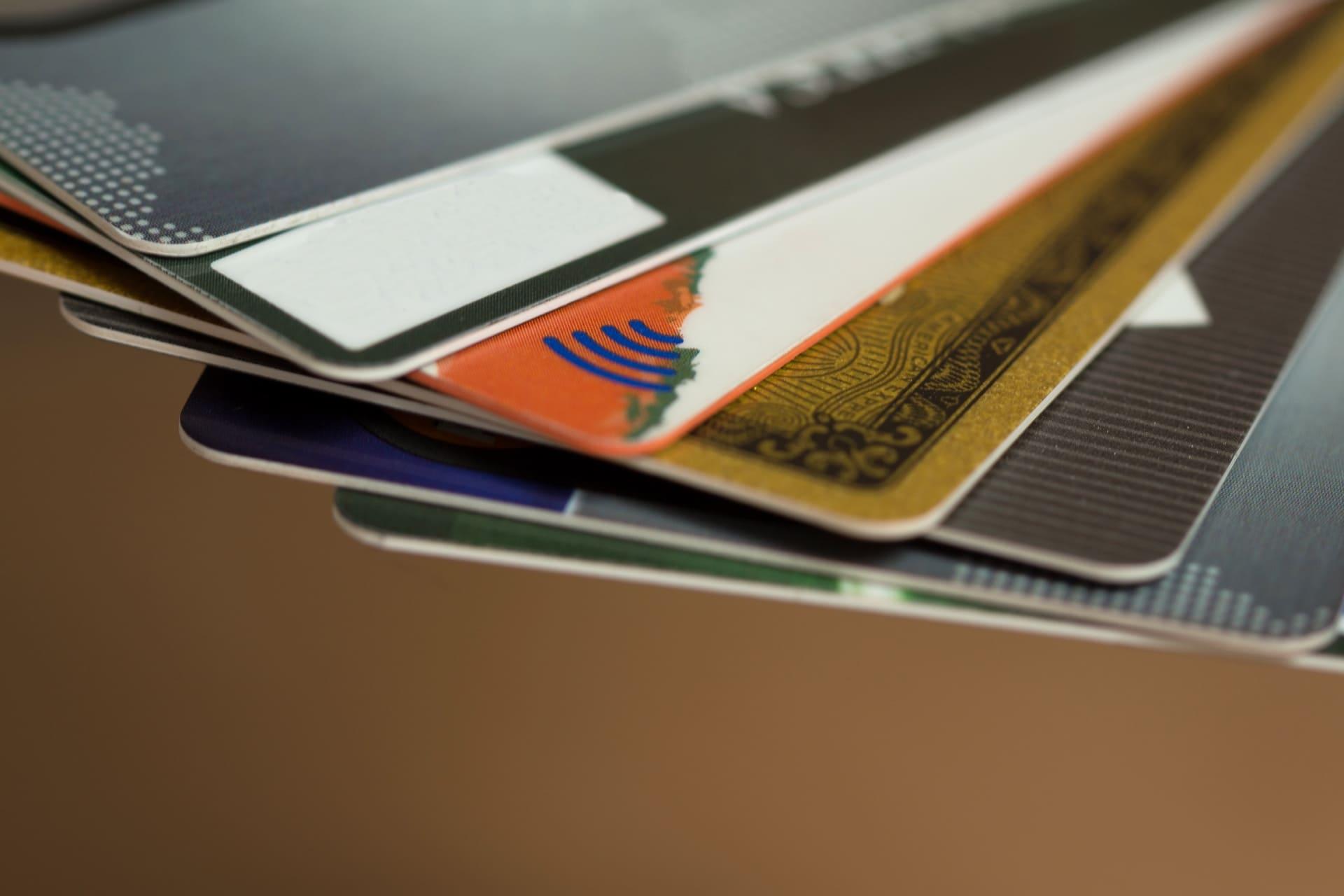 カードローンに使うカード